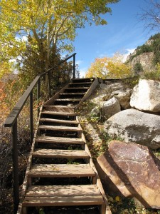 wooden-stairs-in-mountains-763096_640