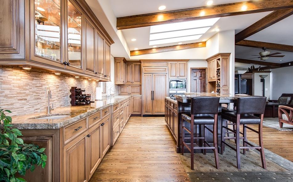 Best wood for indoor furniture Teak Wood Woodshop Direct What Are The Best Treatments For Indoor Wood